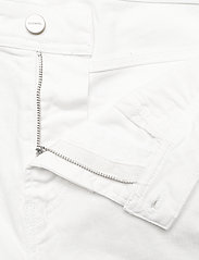 Diesel Men - THOSHORT SHORTS - farkkushortsit - bright white - 3