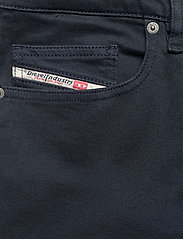 Diesel Men - D-LUSTER L.34 TROUSERS - slim jeans - blue nights - 2