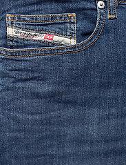 Diesel Men - D-LUSTER L.34 TROUSERS - slim jeans - denim - 2