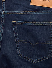 Diesel Men - D-LUSTER L.34 TROUSERS - slim jeans - denim - 4