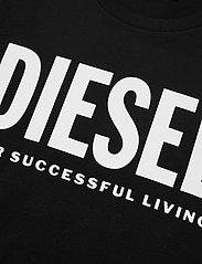 Diesel Men - T-DIEGO-LOGO T-SHIRT - short-sleeved t-shirts - black - 2