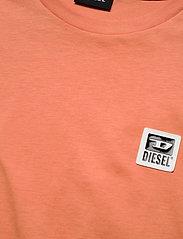 Diesel Men - T-DIEGOS-K30 T-SHIRT - basic t-shirts - orange - 2