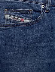 Diesel Men - D-MIHTRY L.30 TROUSERS - regular jeans - denim - 2