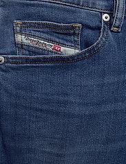Diesel Men - D-MIHTRY L.34 TROUSERS - regular jeans - denim - 2