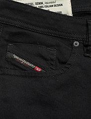 Diesel Men - LARKEE-X L.32 TROUSERS - regular jeans - black/denim - 2