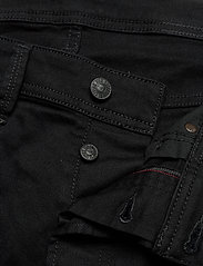 Diesel Men - LARKEE-X L.32 TROUSERS - regular jeans - black/denim - 3