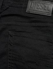 Diesel Men - LARKEE-X L.32 TROUSERS - regular jeans - black/denim - 4