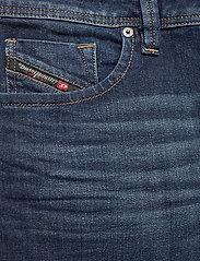 Diesel Men - LARKEE-X L.32 TROUSERS - regular jeans - denim - 2