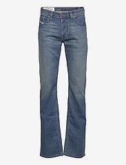 Diesel Men - LARKEE-X L.34 TROUSERS - relaxed jeans - denim - 0