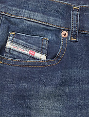 Diesel Women - D-SANDY L.30 TROUSERS - slim jeans - blue denim - 2