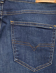 Diesel Women - D-SANDY L.30 TROUSERS - slim jeans - blue denim - 4