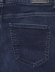 Diesel Women - D-SANDY L.30 TROUSERS - slim jeans - denim - 4