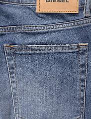 Diesel Women - D-ARYEL  L.34 TROUSERS - straight jeans - denim - 4
