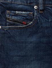 Diesel Women - DE-LOWY SHORTS - denim shorts - denim - 2