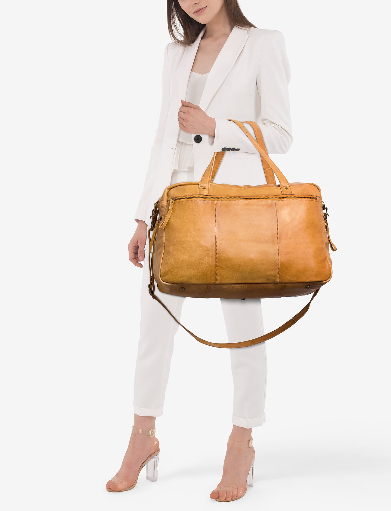 RE:DESIGNED EST 2003 - Signe - weekend and gym bags - burned tan