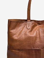 RE:DESIGNED EST 2003 - Marlo Urban - shoppingväskor - walnut - 3