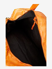 RE:DESIGNED EST 2003 - Signe - weekend and gym bags - burned tan - 5