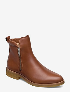 Shanna - flat ankle boots - cognac