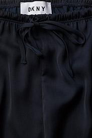 DKNY Homewear - DKNY WALK THE LINE TOP & CROP PANT - pyjamas - navy - 8