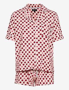 DKNY SPRING EDIT TOP & BOXER PJ SET - pyjamas - lotus apple