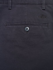 Dockers - SMART 360 CHINO TAPER DOCKERS - kostymbyxor - blues - 4