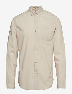 SF ALPHA ICON SHIRT SAHARA KHA - NEUTRALS