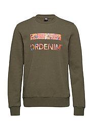 Adrian Sweater - GREEN POST LOGO