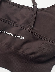 Drop of Mindfulness - TRINITY - sport bras: low - dark brown - 5