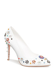 BOOQUET - WHITE-LEATHER