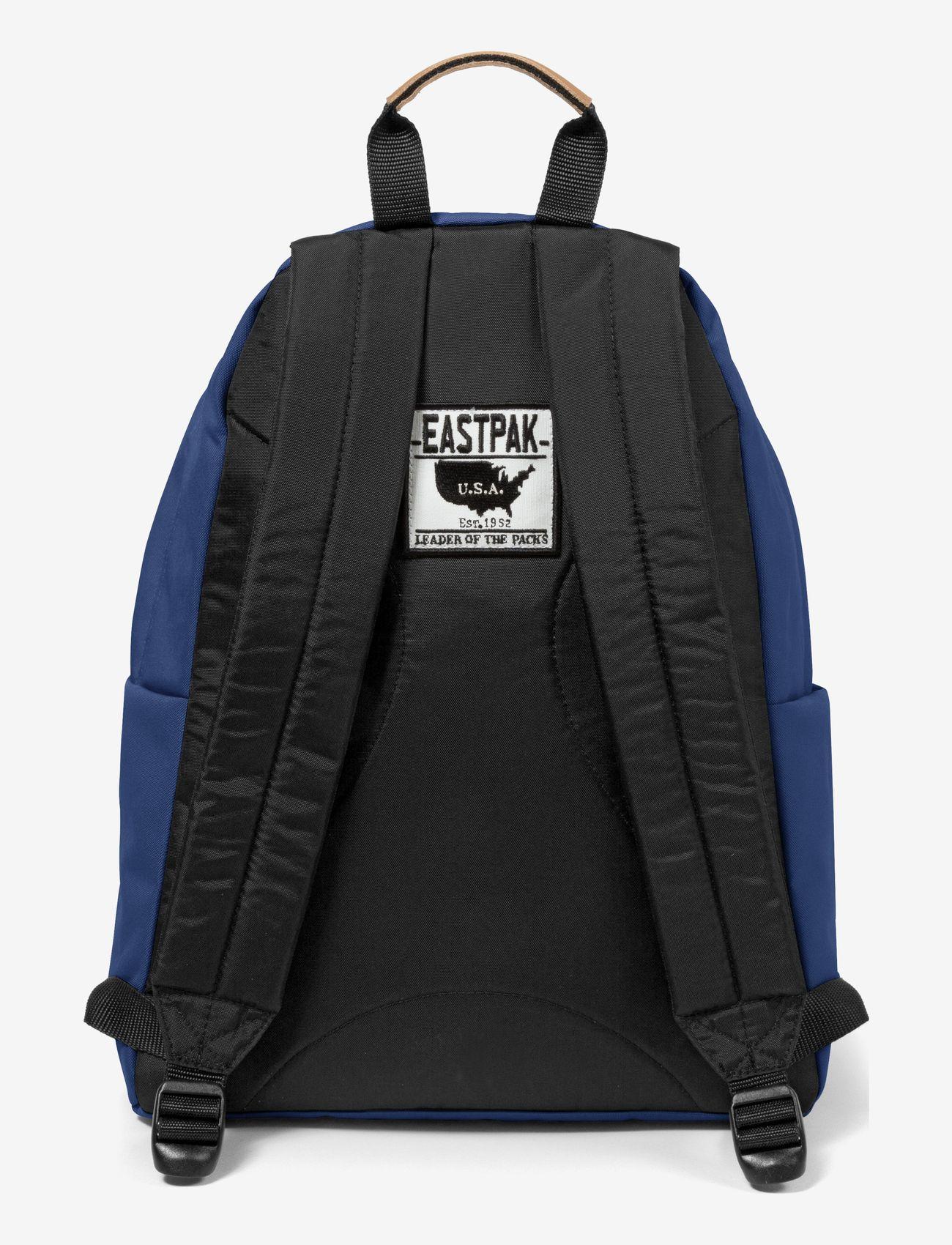 Eastpak - PADDED PAK'R - backpacks - into tan navy