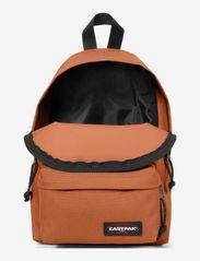 Eastpak - ORBIT - rucksäcke - metallic copper - 1