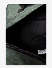 Eastpak - Ultimate - ryggsäckar - crafty moss - 2