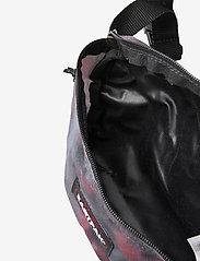 Eastpak - SPRINGER - heuptassen - dust black - 3