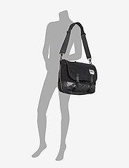 Eastpak - Delegate - shoulder bags - cordsduroy black - 4