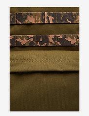 Eastpak - KILLINGTON S - backpacks - mt khaki - 3
