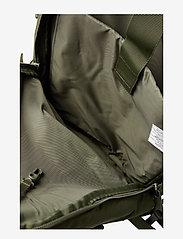 Eastpak - FLOID - ryggsäckar - mono jungle - 3