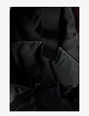 Eastpak - FLOID - ryggsäckar - mono wine check - 3