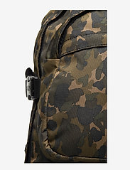 Eastpak - HUTSON - backpacks - camo op - 3
