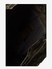 Eastpak - PLISTER - plecaki - opgrade camo - 6
