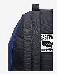Eastpak - PADDED PAK'R - backpacks - into tan navy - 5