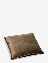 Beate Velour Pillow - GREEN