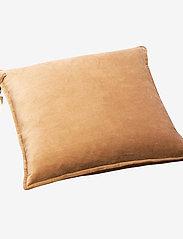 Beate Velour Pillow - SAND