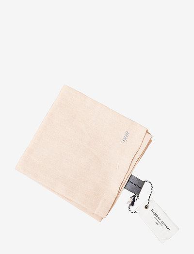 Anne Dishtowel - kjøkkenhåndklær - wood trush