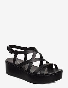 ELEVATE PLATEAU SANDAL - flat sandals - black