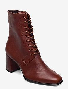SHAPE 60 SQUARED - ankelstøvler med hæl - cognac