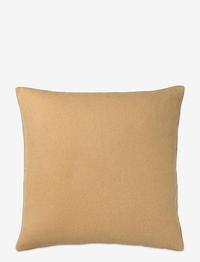 Classic cushion - puder - yellow ocher