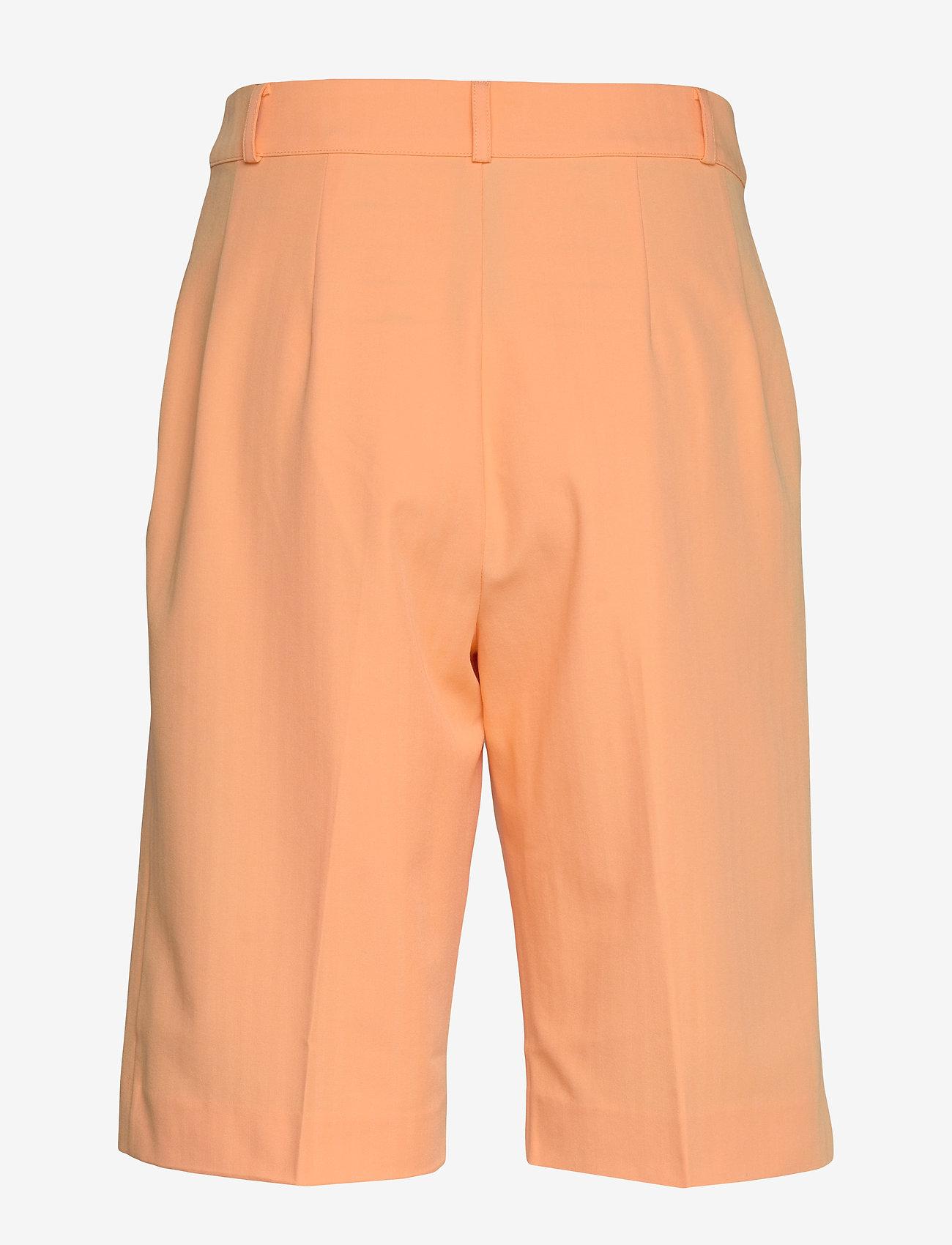 Enretna Shorts 6726 (Salmon Buff) (416 kr) - Envii