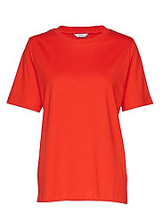 ENBEVERLY SS TEE 5310 - HIGH RISK RED