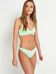 Envii - ENKLEO SWIM BRA 5325 - bikini tops - green ash - 0
