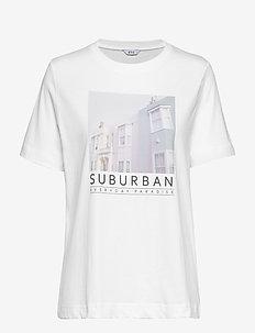 ENBEVERLY SS TEE PRINT 5310 - SUBURBIAN